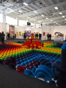 Li Hongbo's rainbow-matic 3D paper installation, photo by author